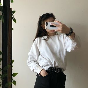 Tops - WHITE KNIT SWEATER